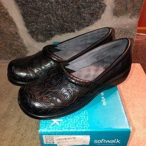 Women's Softwalk Black Comfort shoes